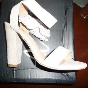 New Cream High Ankle Strap Open Toed Heels size 6